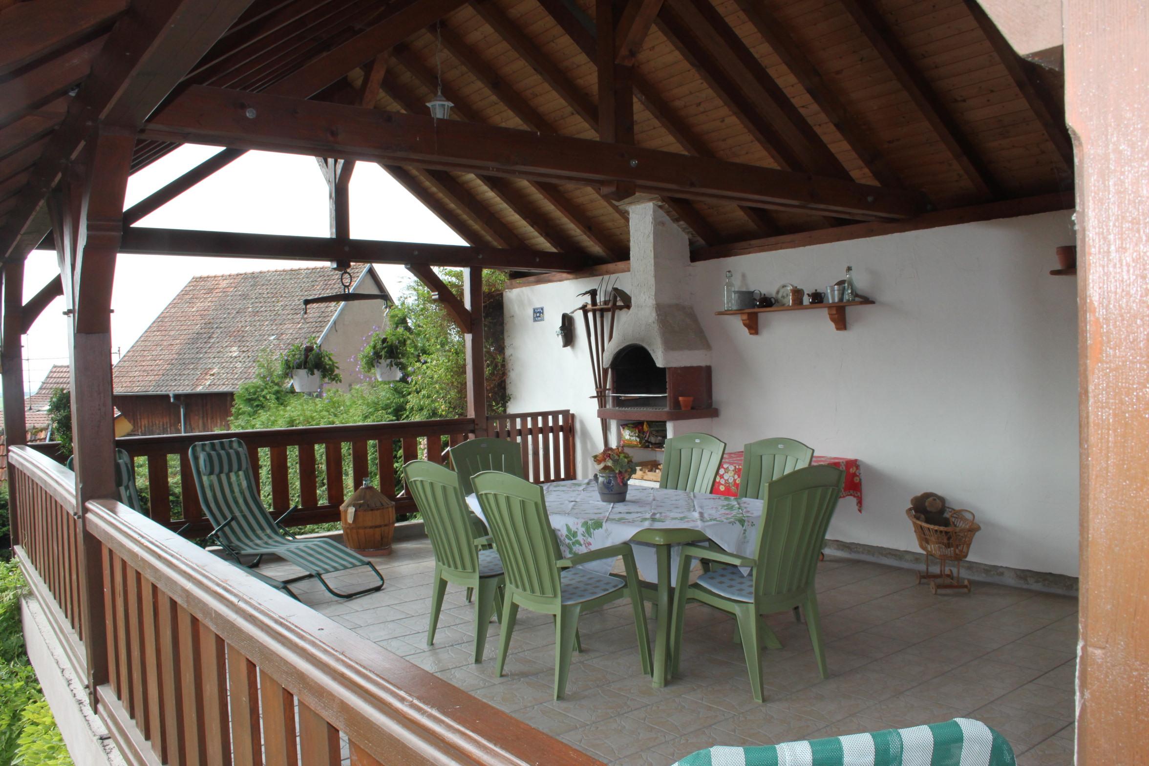 Terrasse couverte - HomeRentalia